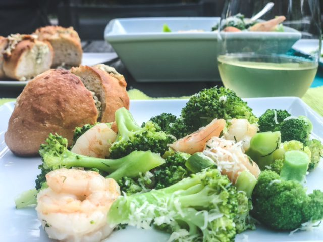 shrimp and boroccoli dinner with bread-marley spoon reviews-mealfinds