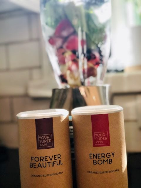 your-super-energy-bomb-smoothie and superfood containers-your super superfood reviews-mealfinds