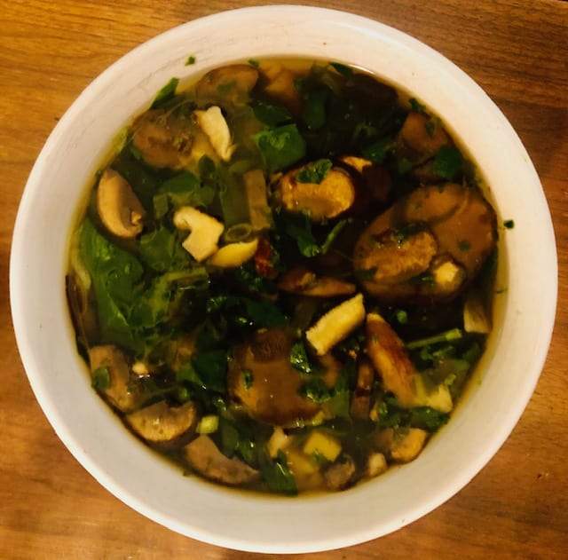 Daily-Harvest-Mushroom-Miso-Soup-daily harvest reviews-mealfinds