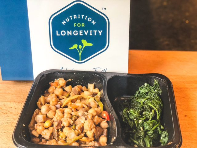 calabrian braised chickpeas meal cooked in package-nutrition for longevity reviews-mealfinds