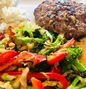 green-chef-sesame-ginger-beef-patties-green chef reviews-mealfinds