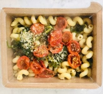 creamy pesto pasta in container-mosaic foods review-mealfinds