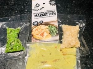 realeats-green-curry-fish in packaging -realeats healthy prepared meals review-mealfinds