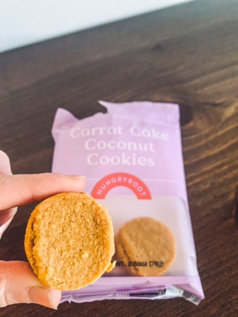 hungryroot carrot cake cookie -hungryroot reviews-mealfinds