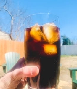 think-coffee-cold-brew-hand