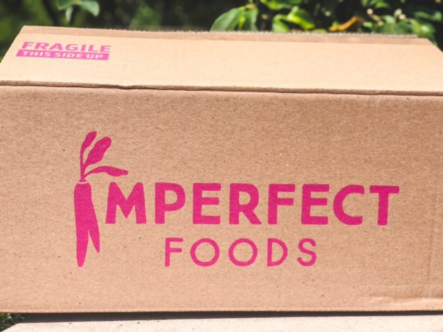 imperfect foods box outside-imperfect foods review-mealfinds