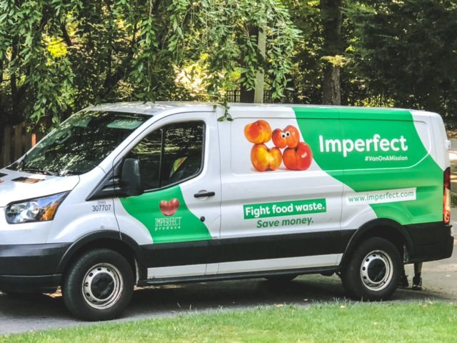 imperfect foods delivery truck-imperfect foods review-mealfinds