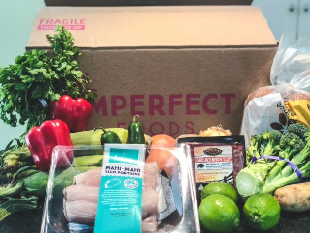 imperfect foods order unpacked outside of box-imperfect foods review-mealfinds